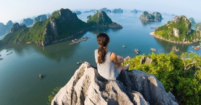 It turns out that traveling makes us far happier than any material wealth ever does. (Jimmy Tran / Shutterstock)