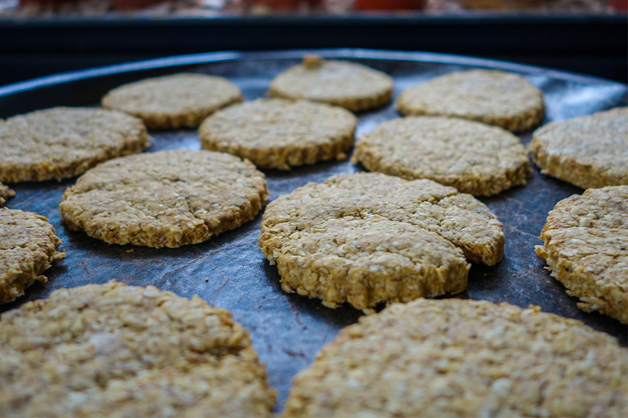 Oatmeal and Tangerine Cookies with Olive Oil